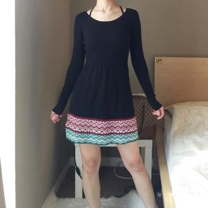 Vintage Long Sleeve Knit Dress In Black.-C1.